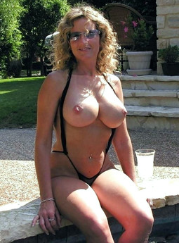 Incredible sexy mature women with..