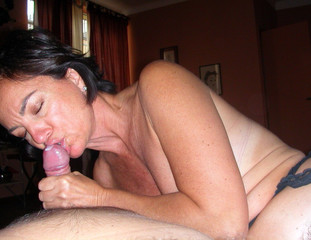busty mature homemade porn - Busty mature wife in stockings doing handjob and blowjob: All Real Private  Porn ...