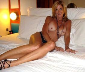 mixed-women-nude-pics