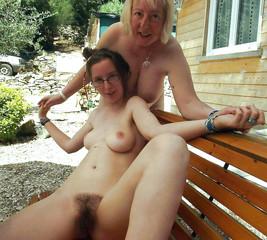 women naked Mature amateur