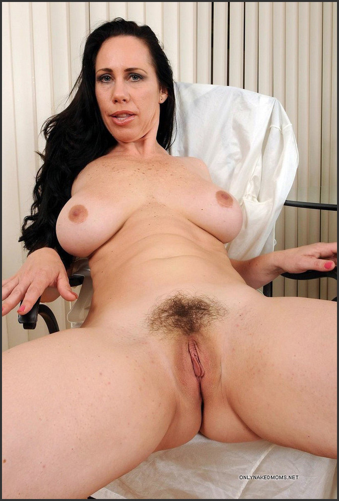 Recommend naked mature gf hairy legs