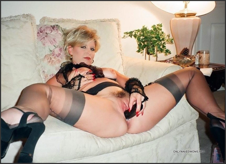 Naked Mature Women With Sex Toys