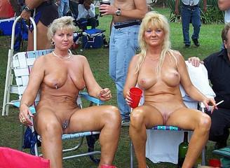 Alyssa milano nude gallery