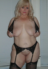 naked Chubby moms