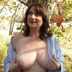 Mature girls naked pics