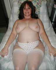 in of wife nude hips