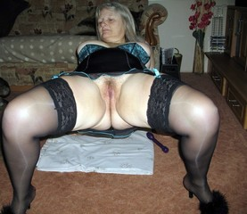 Mature heels thick milf