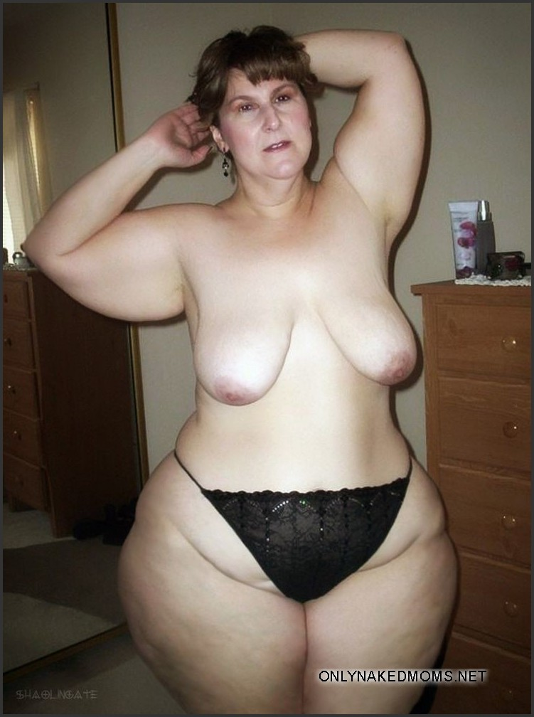 wide hipped nude wife
